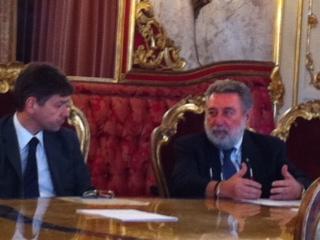 Il-Sindaco-Loris-Ropa-e-l-acute-Ass.-della-Provincia-di-Bologna-Marco-Pondrelli-in-conferenza-stampa